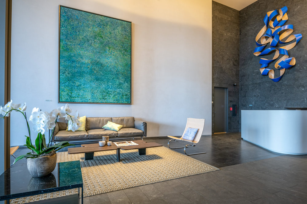 2 BD LUXURY ON THE 29TH FLOOR /  RENTED   2 BEDROOMS / 2 FULL BATH / 938 sq. ft. / VIEW - MOUNTAIN / UNFURNISHED