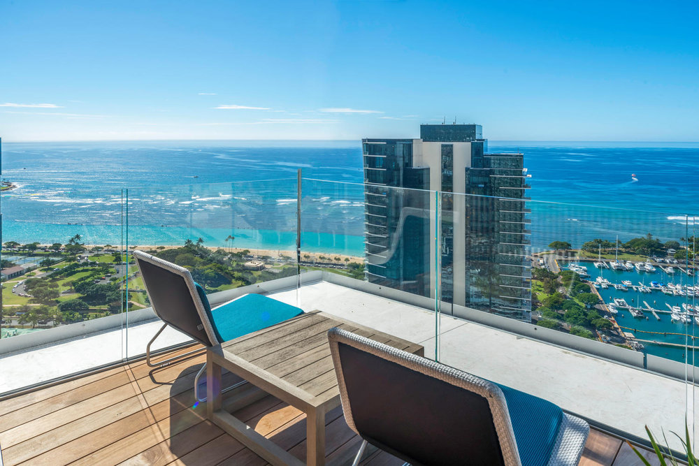 One-of-a-kind sky deck for all residents to enjoy