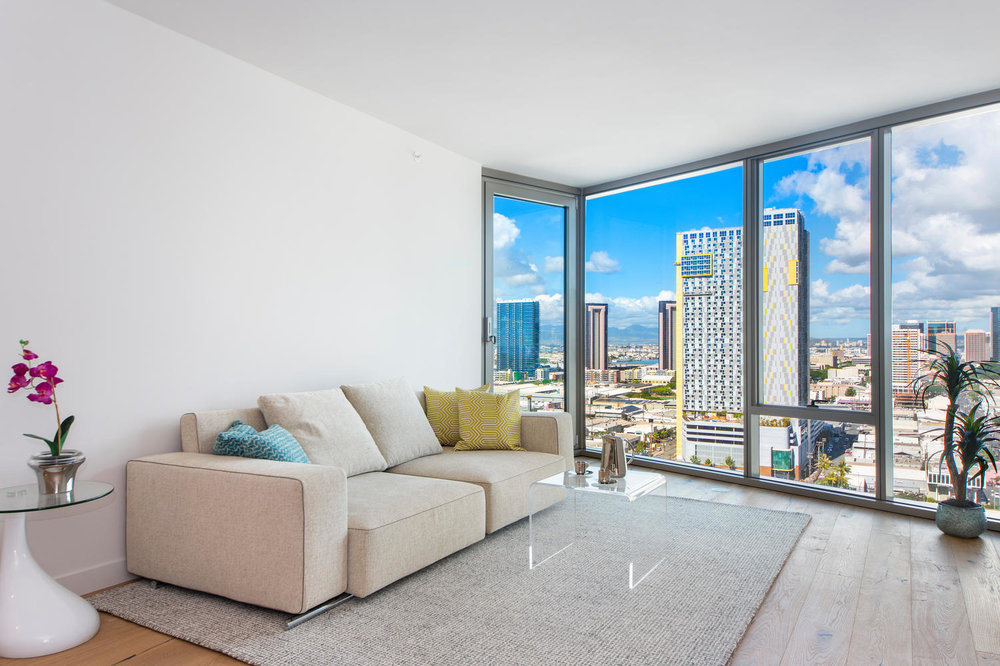 1 BD LUXURY ON THE 19TH FLOOR / $3,200 PER MONTH, ELECTRICITY & CABLE NOT INCLUDED    1 BEDROOM / 1 FULL BATH / 691 sq. ft. / VIEW - CITY / UNFURNISHED  *furniture pictured for staging purposes only.