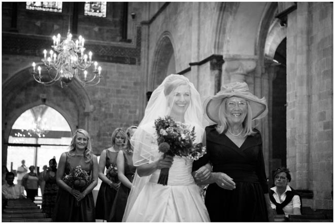 chichester_cathedral_wedding_photographer_036