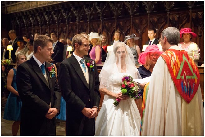 chichester_cathedral_wedding_photographer_037