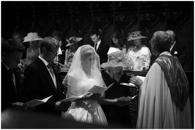 chichester_cathedral_wedding_photographer_040