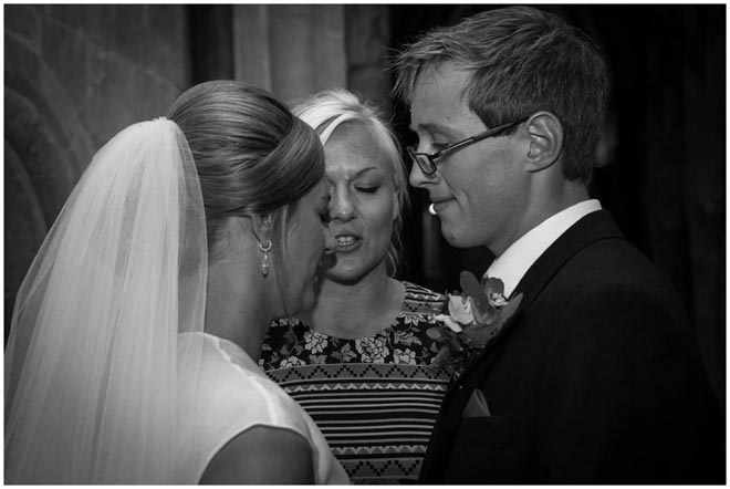 chichester_cathedral_wedding_photographer_048
