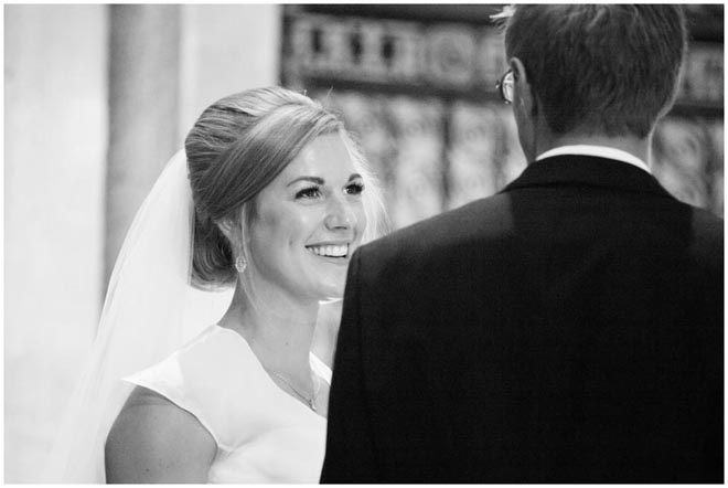 chichester_cathedral_wedding_photographer_055