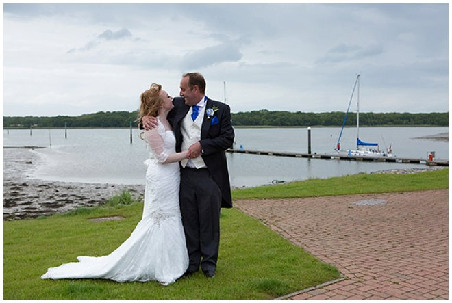 00201_west_sussex_wedding_photographer