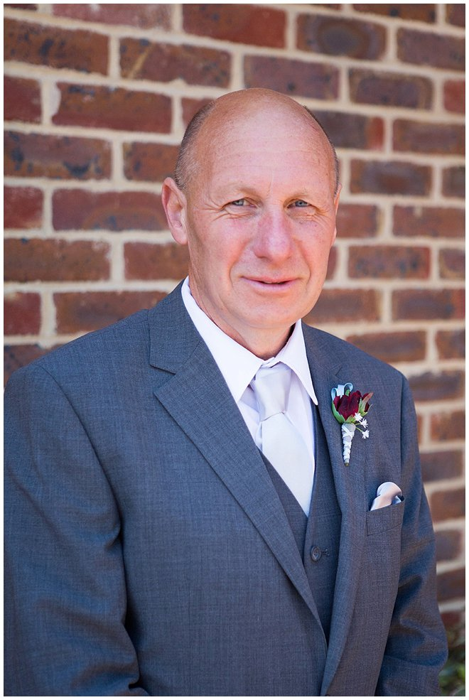 00131_west_sussex_wedding_photographer