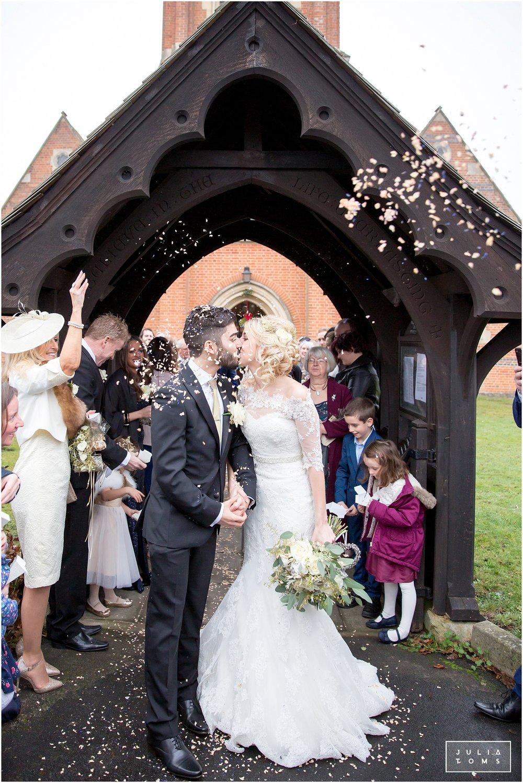 julia_toms_beaumont_estate_wedding_photography_windsor_012.jpg