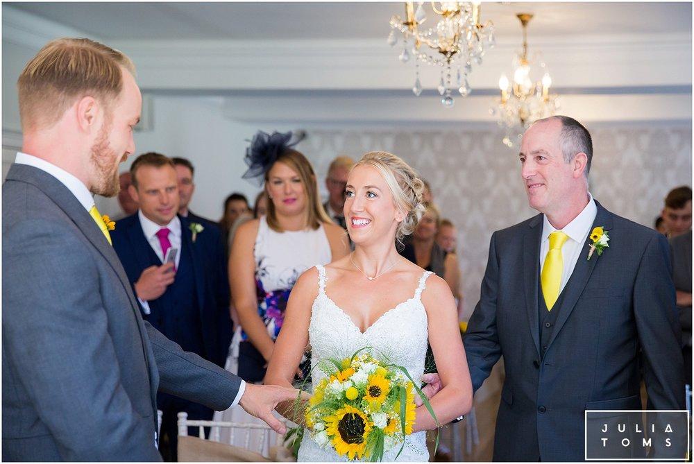 julia_toms_chichester_wedding_photographer_worthing_029.jpg