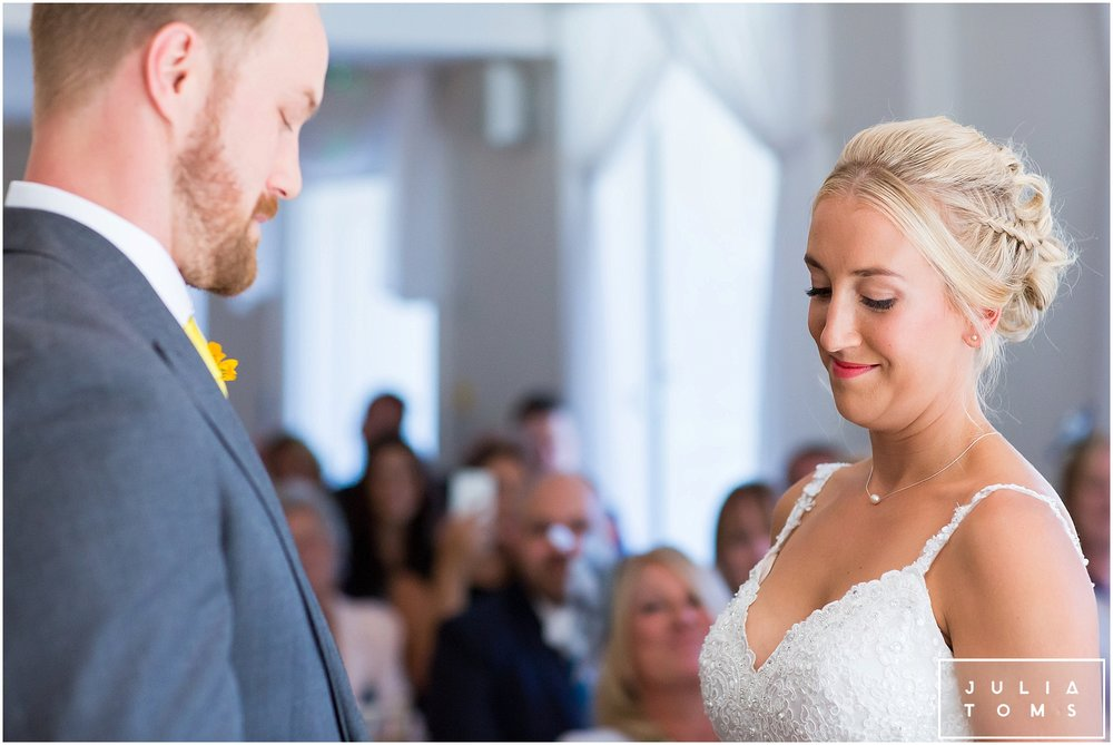 julia_toms_chichester_wedding_photographer_worthing_033.jpg