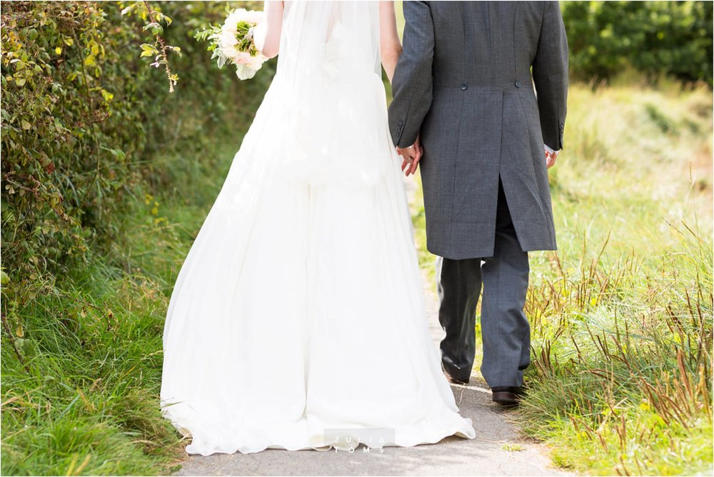 itchenor_wedding_chichester_photographer_040.jpg