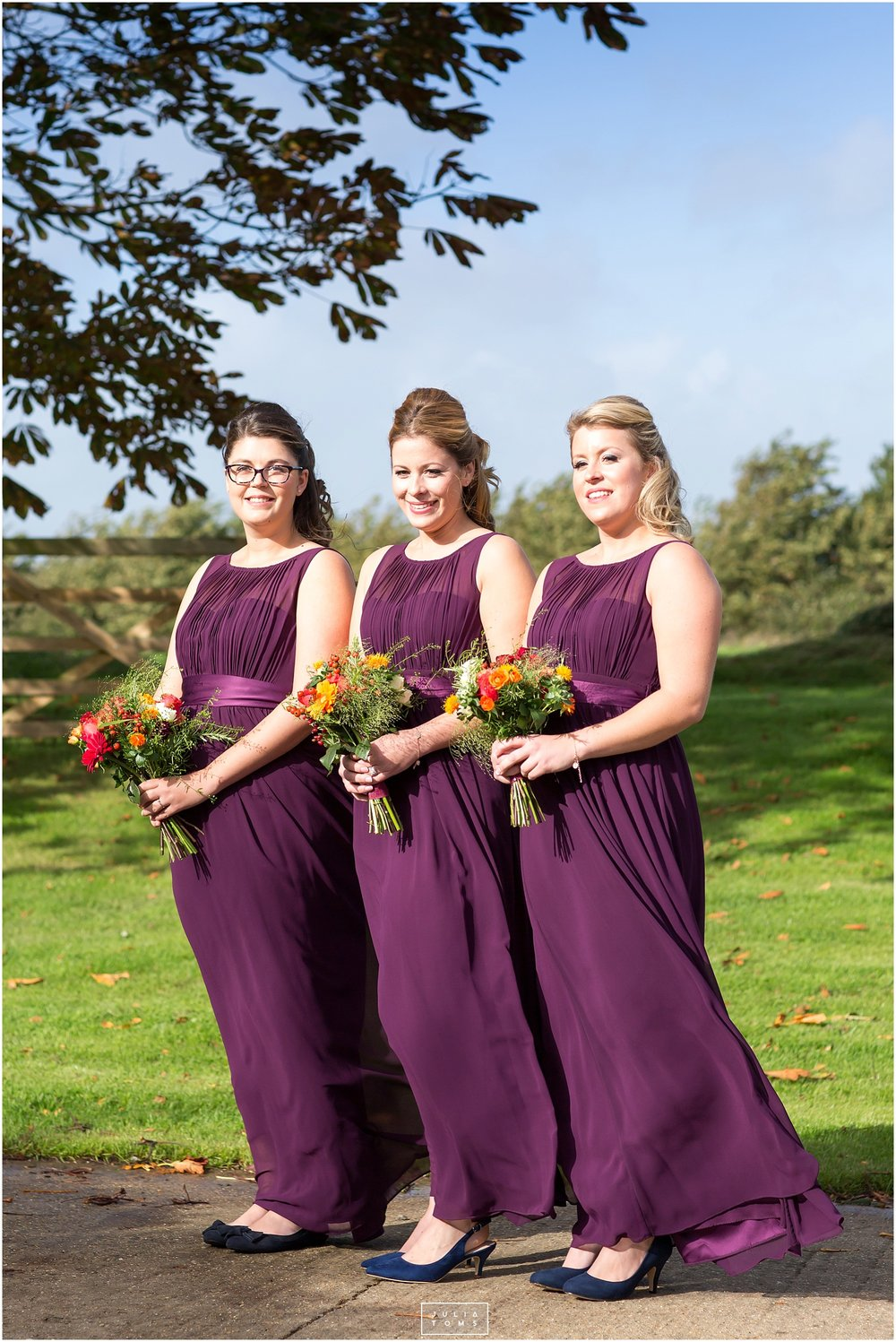 Southend_barn_wedding_photographer_chichester_024.jpg
