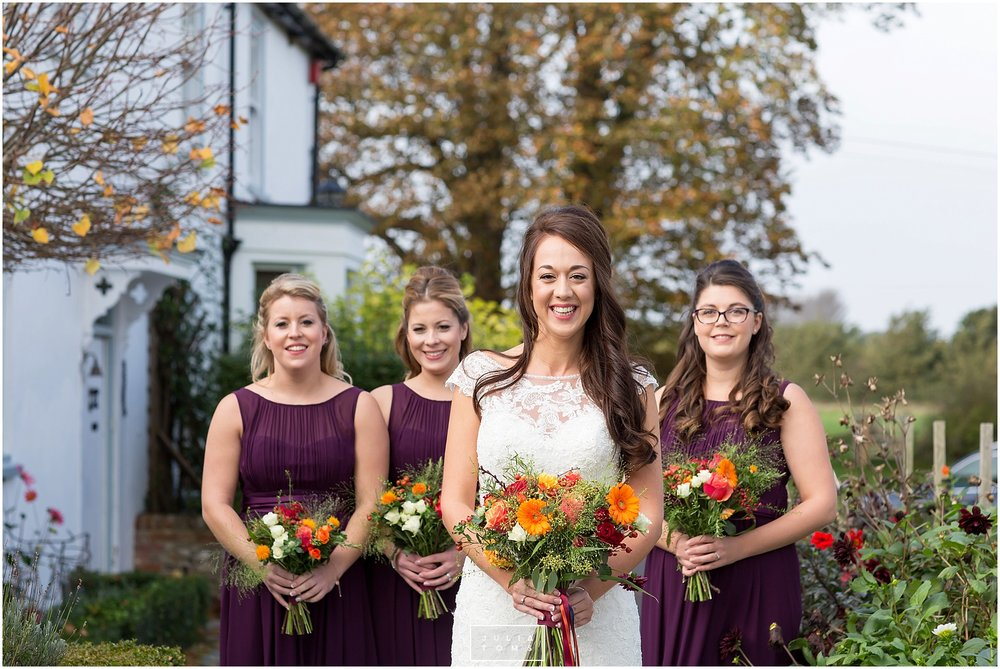 Southend_barn_wedding_photographer_chichester_033.jpg