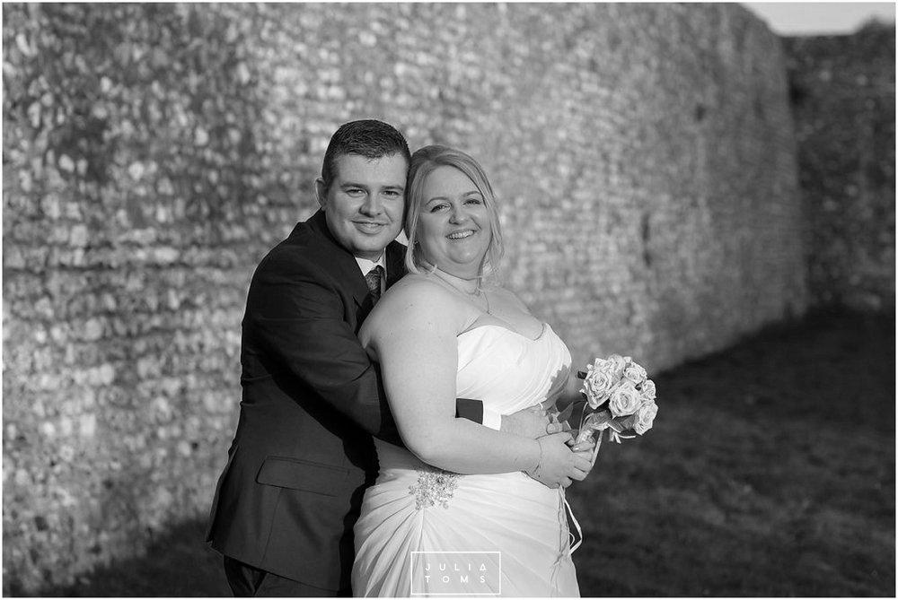 JuliaToms_chichester_wedding_photograher_edes_house_022.jpg