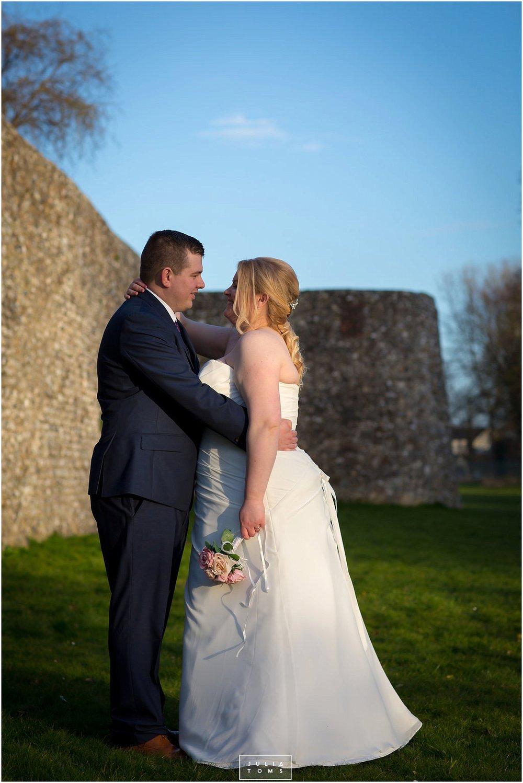 JuliaToms_chichester_wedding_photograher_edes_house_026.jpg