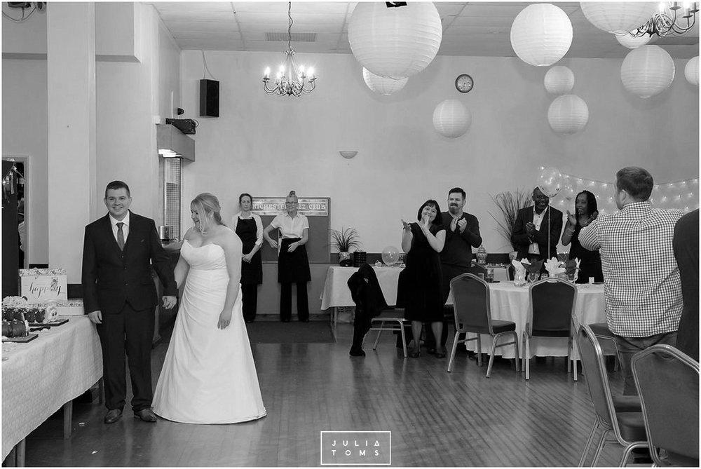 JuliaToms_chichester_wedding_photograher_edes_house_043.jpg