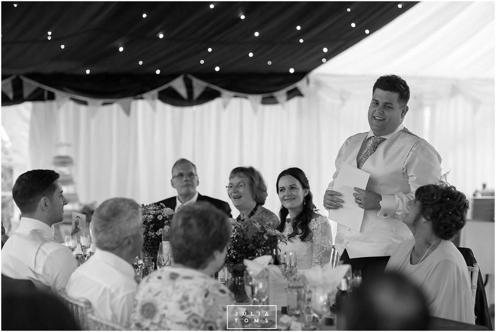 JuliaToms_chichester_fishbourne_wedding_photograher_edes_house_041.jpg
