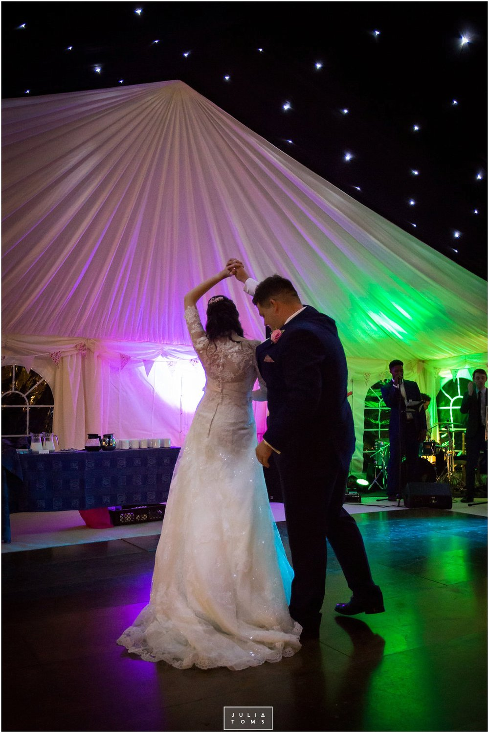JuliaToms_chichester_fishbourne_wedding_photograher_edes_house_050.jpg