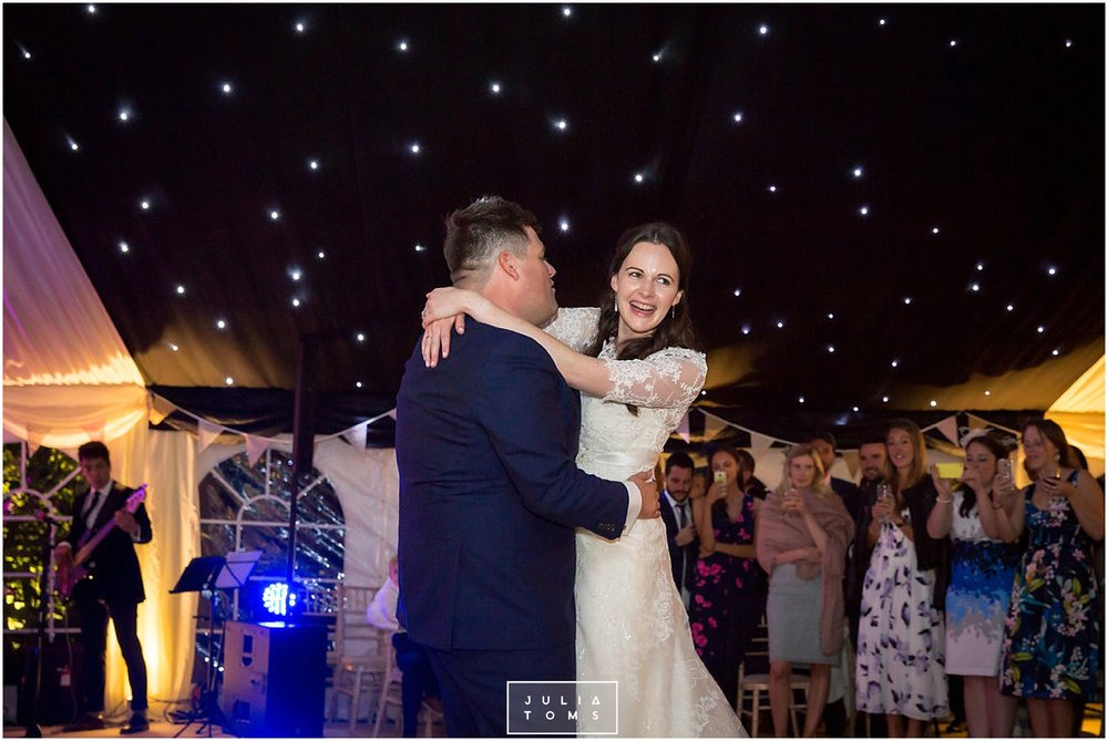 JuliaToms_chichester_fishbourne_wedding_photograher_edes_house_051.jpg