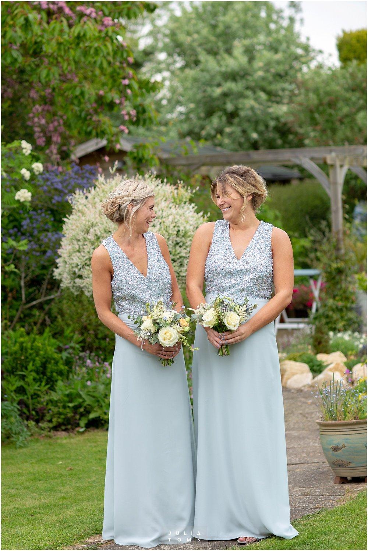 Julia_toms_chichester_wedding_photographer_004.jpg
