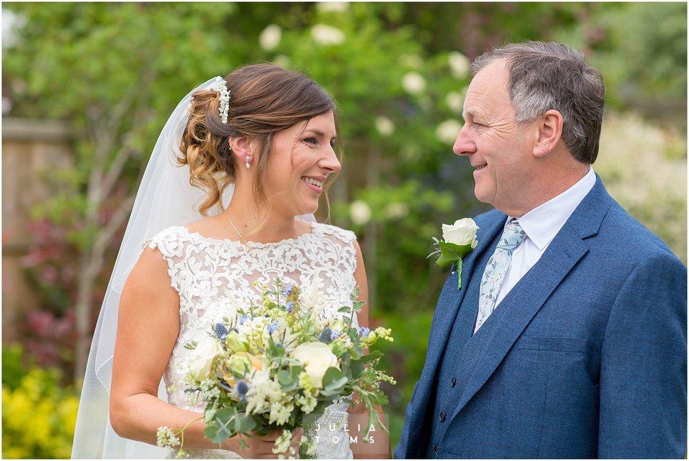 Julia_toms_chichester_wedding_photographer_007.jpg