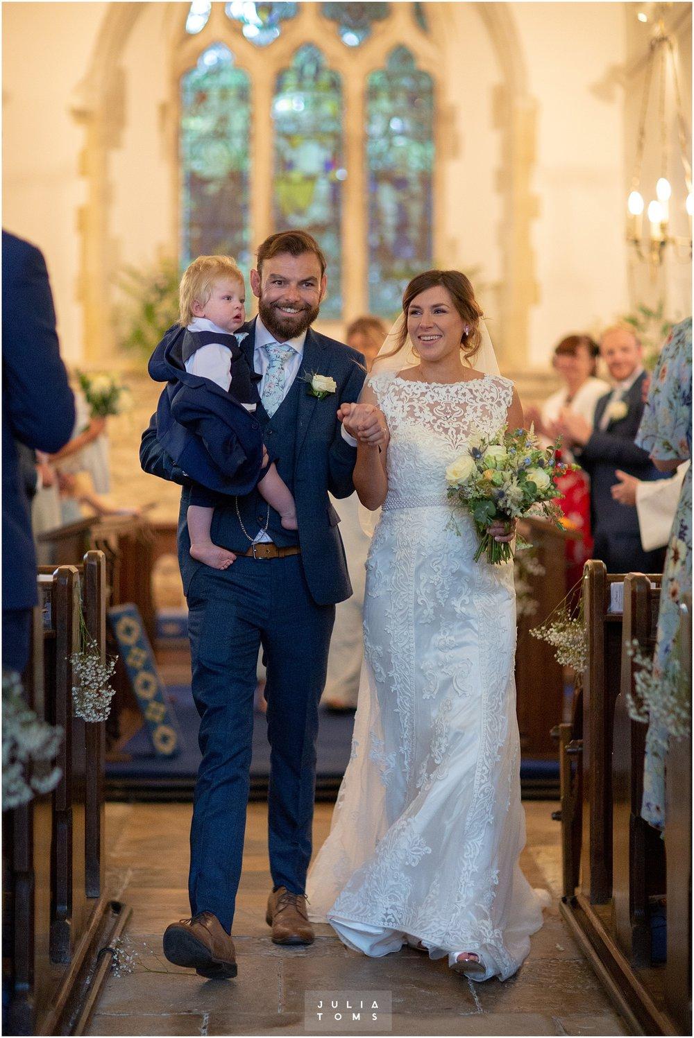 Julia_toms_chichester_wedding_photographer_010.jpg