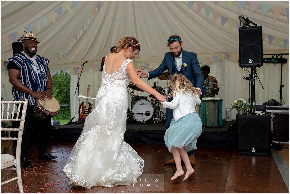 Julia_toms_chichester_wedding_photographer_032.jpg