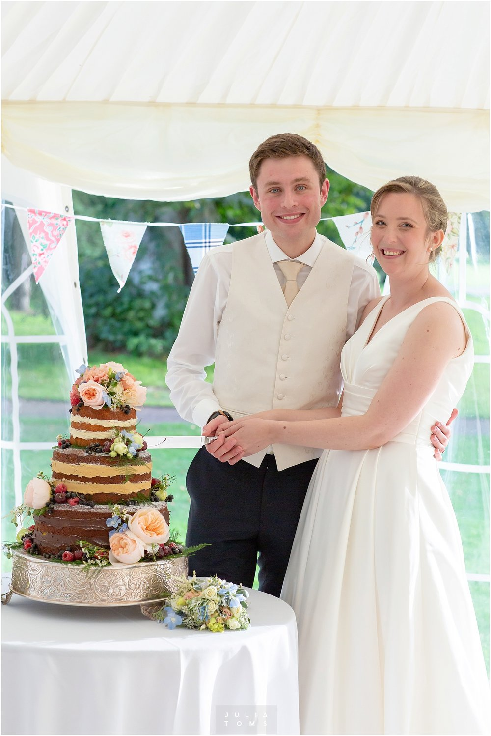 westsussex_wedding_photographer_westdean_131.jpg