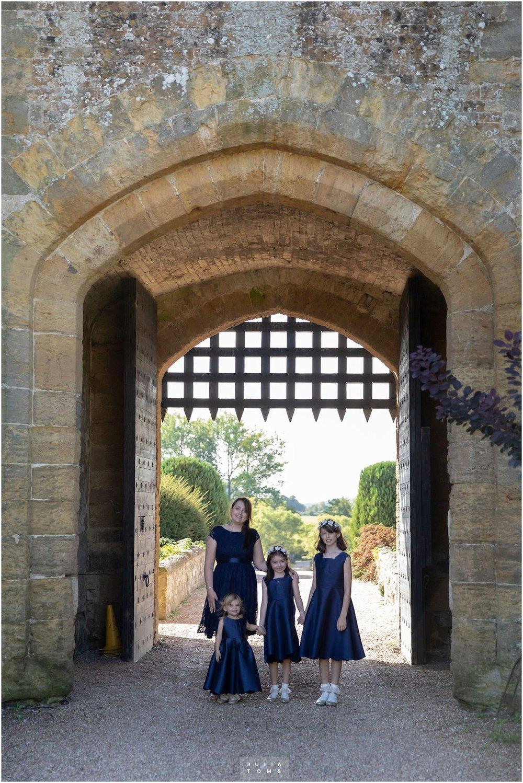 amberley_castle_wedding_photographer_003.jpg