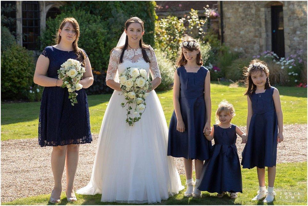 amberley_castle_wedding_photographer_009.jpg