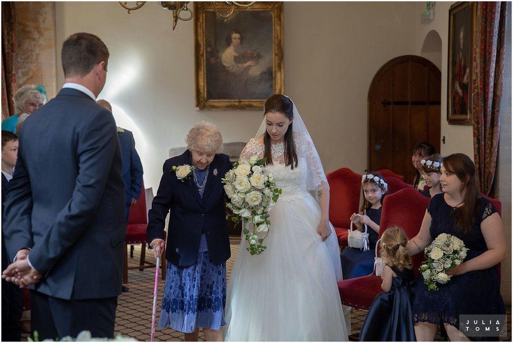 amberley_castle_wedding_photographer_013.jpg
