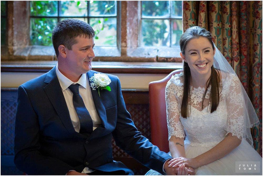 amberley_castle_wedding_photographer_021.jpg