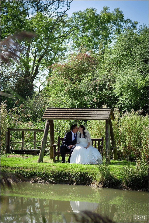 amberley_castle_wedding_photographer_033.jpg