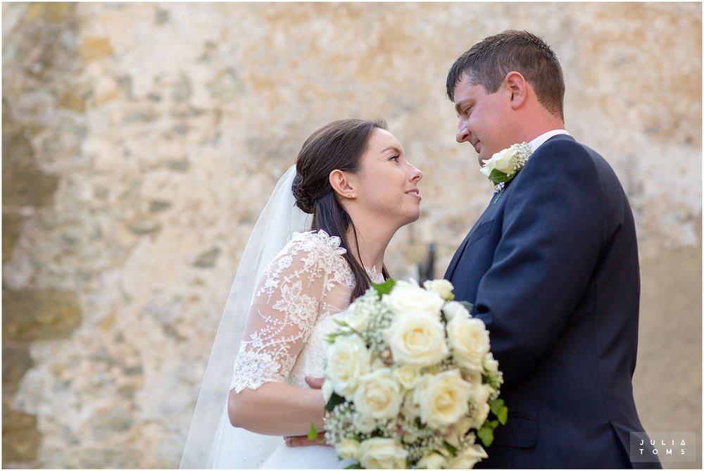 amberley_castle_wedding_photographer_036.jpg