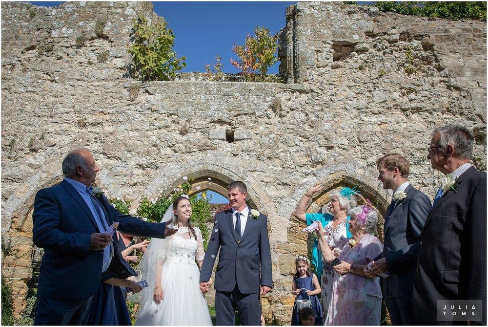 amberley_castle_wedding_photographer_057.jpg