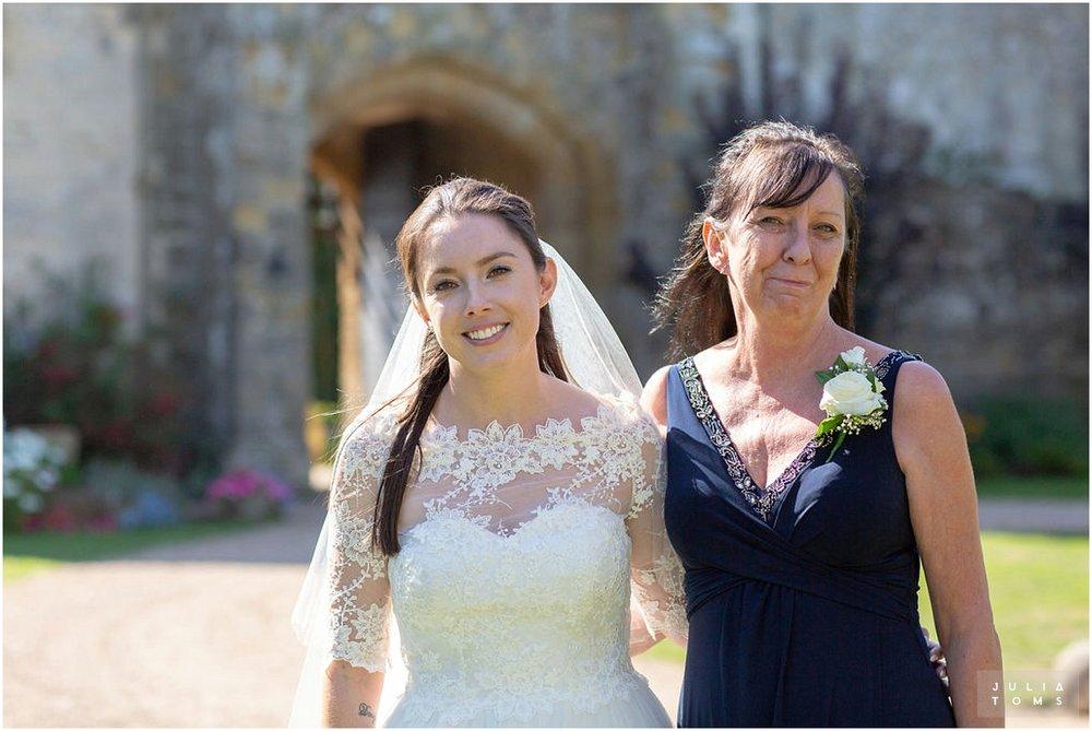 amberley_castle_wedding_photographer_070.jpg