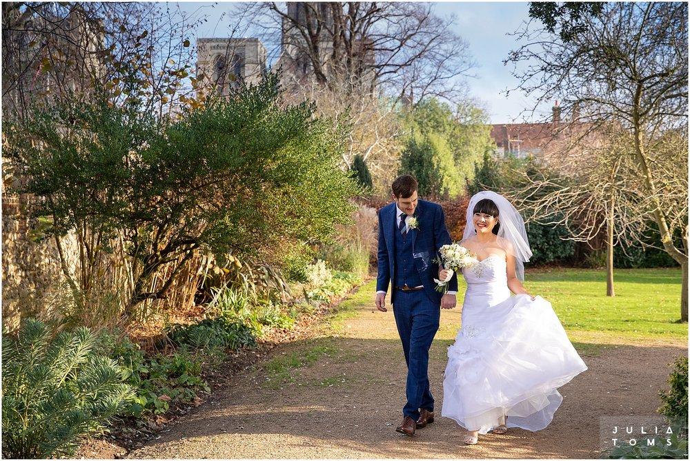 chichester_wedding_photographer_juliatoms_006.jpg