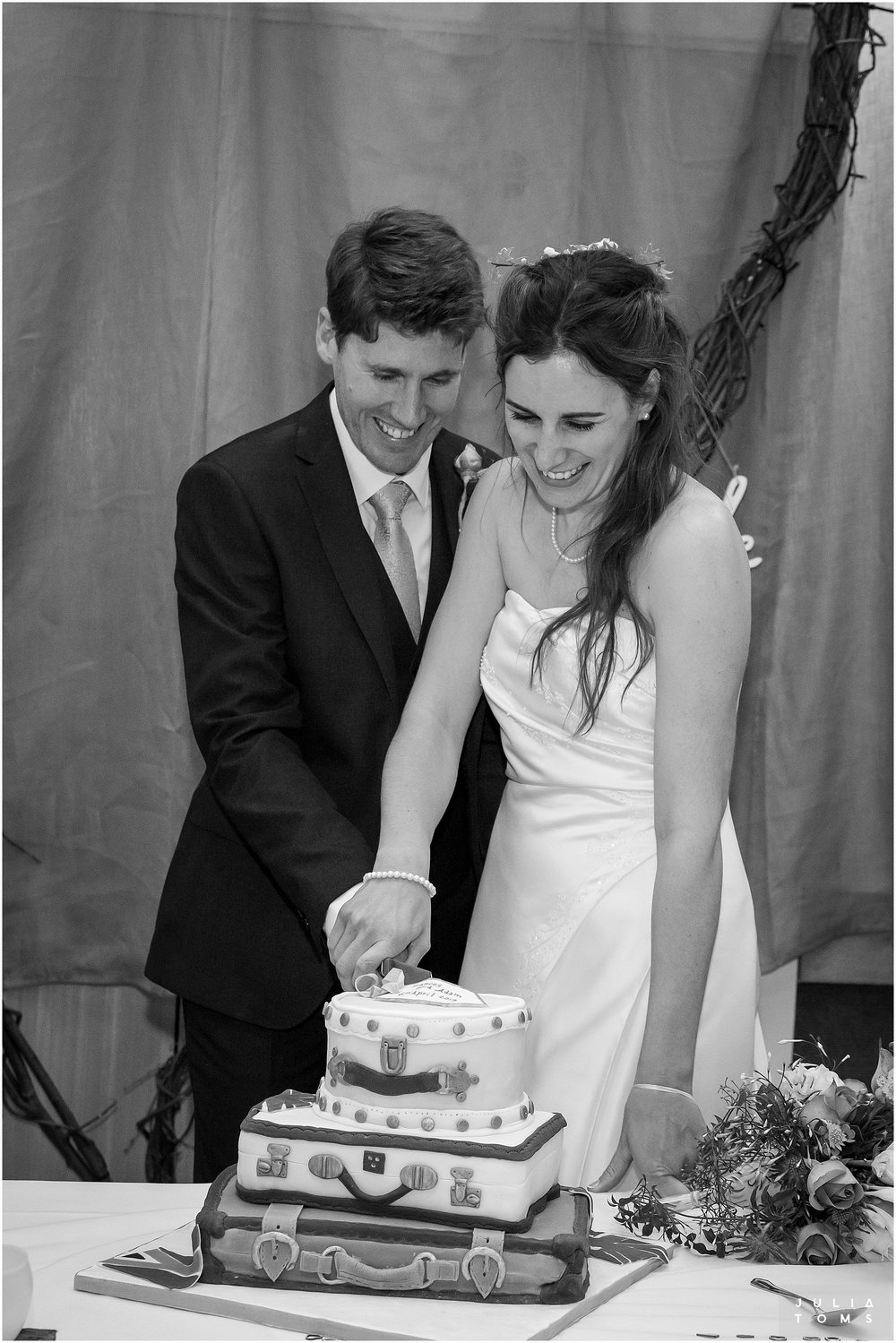 juliatoms_christian_wedding_photogtapher_midhurst_020.jpg