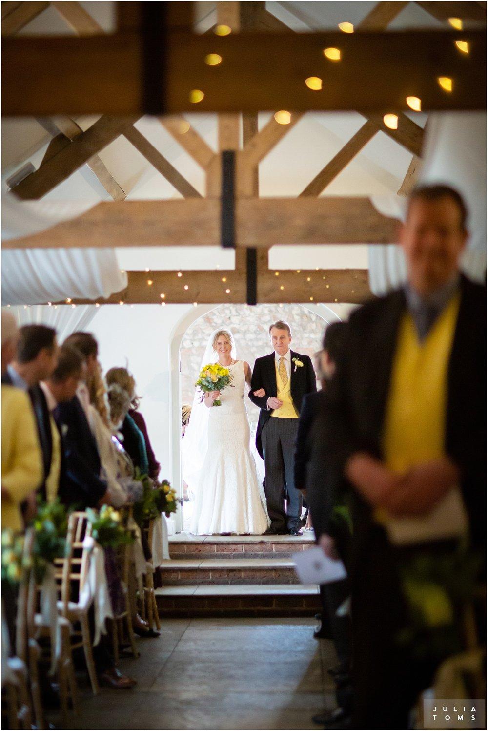 farbridge_barn_wedding_photographer_chichester_018.jpg