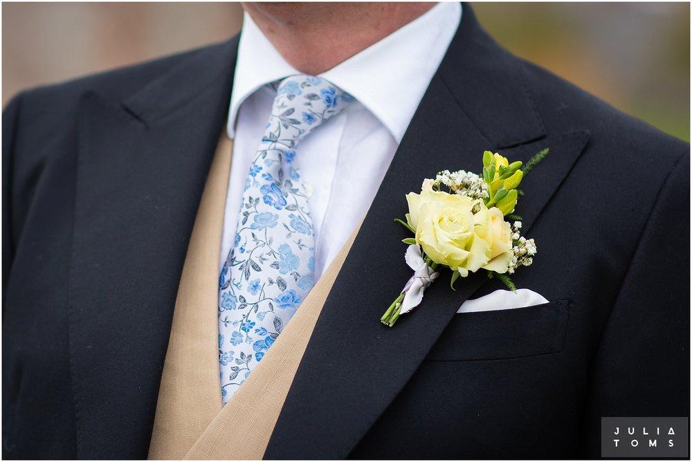 farbridge_barn_wedding_photographer_chichester_030.jpg
