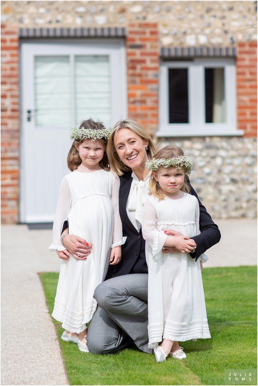 farbridge_barn_wedding_photographer_chichester_033.jpg