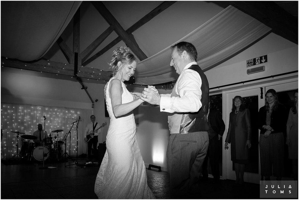 farbridge_barn_wedding_photographer_chichester_059.jpg