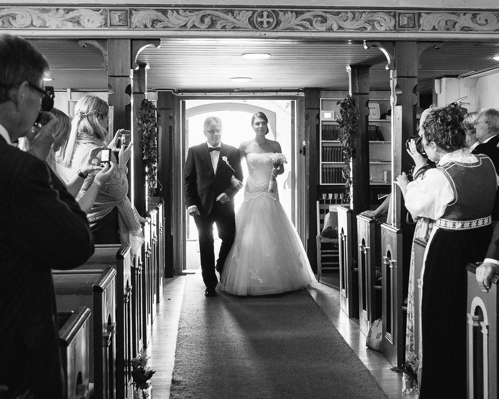 06_vielse_bryllupsfotograf_hovaag_kirke.jpg