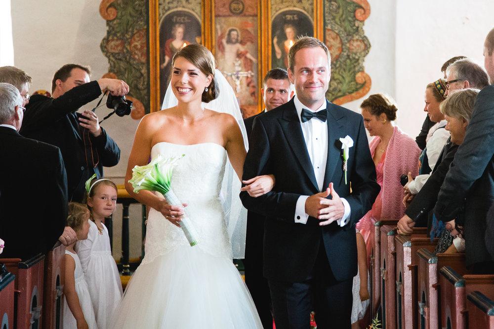 09_vielse_bryllupsfotograf_hovaag_kirke.jpg