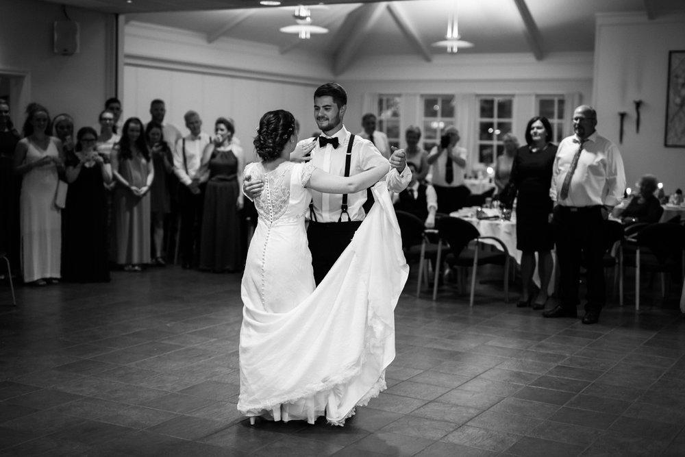 053-bryllupsfotograf-hovaag-kristiansand-tone-tvedt.jpg