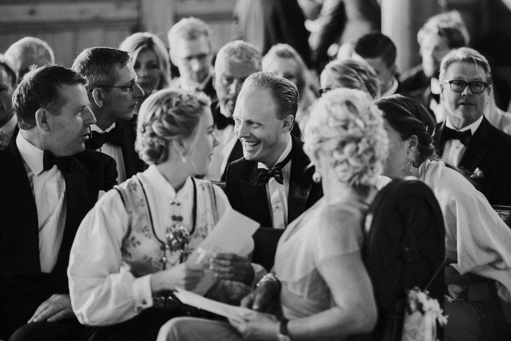 011-bryllupsfotograf-holmenkollen-kapell-lysebu-tone-tvedt.jpg