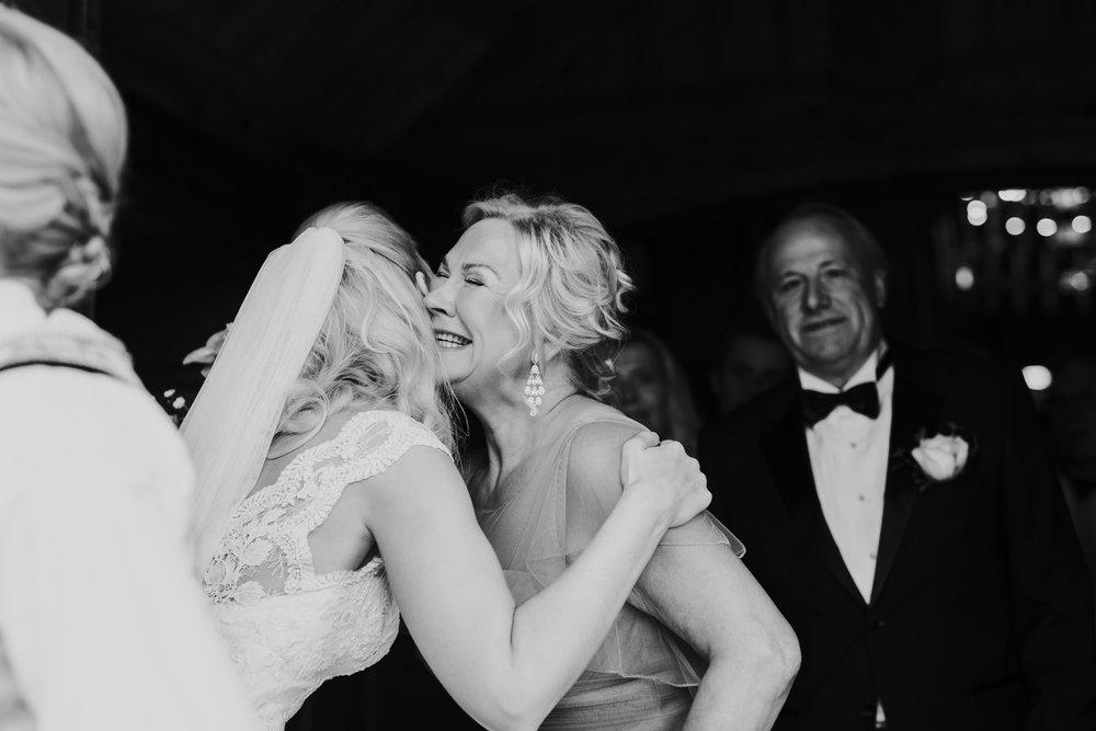 025-bryllupsfotograf-holmenkollen-kapell-lysebu-tone-tvedt.jpg
