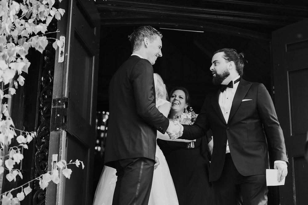 026-bryllupsfotograf-holmenkollen-kapell-lysebu-tone-tvedt.jpg
