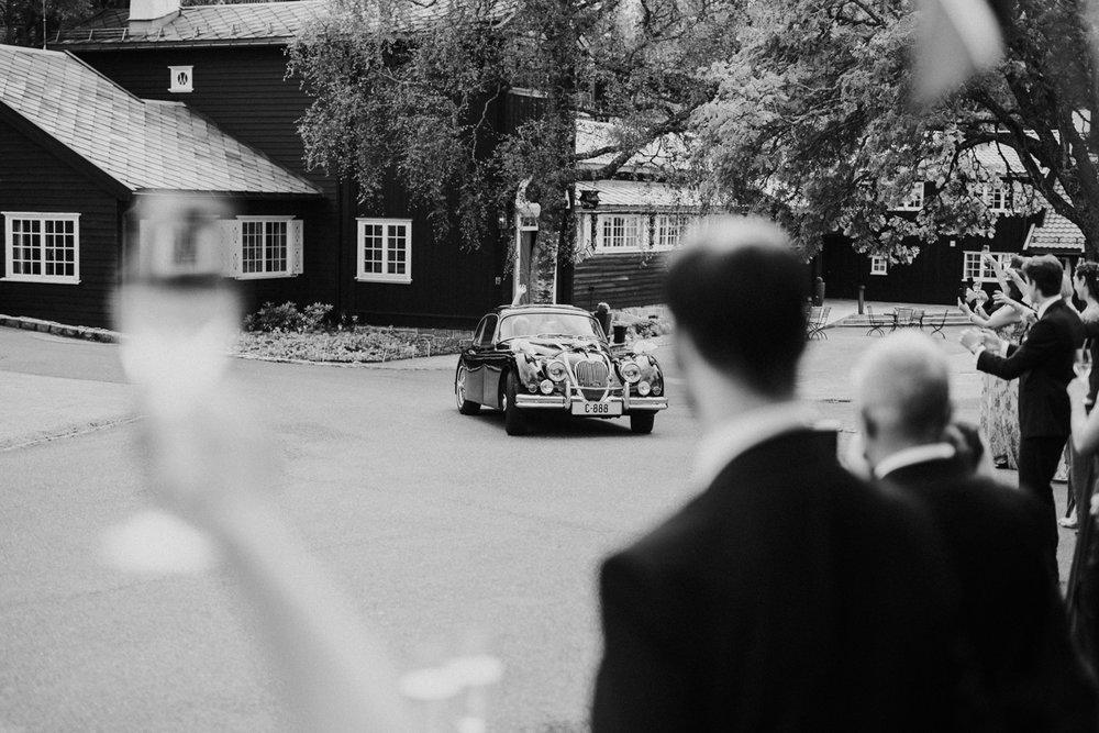 044-bryllupsfotograf-holmenkollen-kapell-lysebu-tone-tvedt.jpg