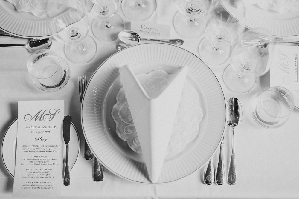 055-bryllupsfotograf-holmenkollen-kapell-lysebu-tone-tvedt.jpg