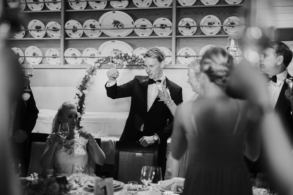 065-bryllupsfotograf-holmenkollen-kapell-lysebu-tone-tvedt.jpg